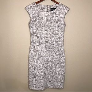 Connected Apparel Dress Sz 6 beige & white